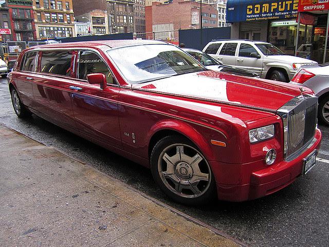 Rolls-Royce Phantom Stretched limo