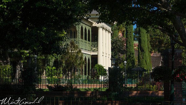Disneyland Resort, Disneyland, Haunted Mansion