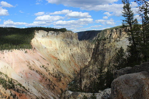 IMG_2227_Yellowstone_Canyon_from_Artist_Point