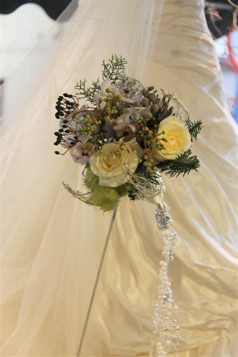 Princess's blog: christmas wedding bouquet