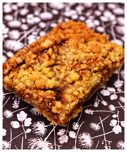 Caramelised Apple and Walnut Slice© by Haalo
