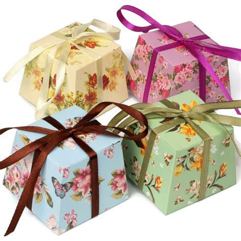 FLORAL Vintage Small GIFT BOXES Wedding Favour Chocolates