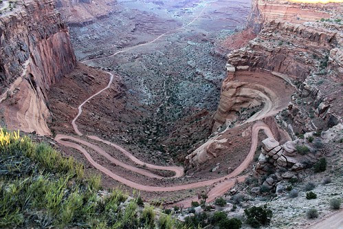 IMG_2448_Shafer_Canyon_Overlook_Island_in_the_Sky_Canyonlands_NP