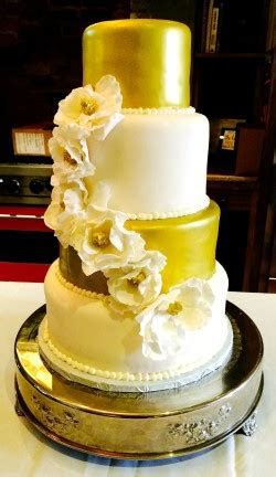 Wedding Cakes : Les Amis Bake Shoppe