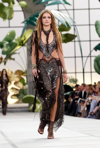 Roberto+Cavalli+Milan+Fashion+Week+Womenswear+6-6V1-g58pdl