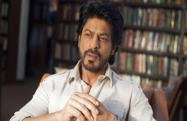 जब गिरफ्तार करने आई पुलिस को शाहरुख खान ने समझ लिया अपना फैन, लॉकअप में बिताई थी रात