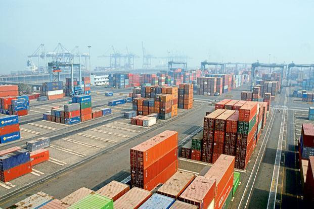 The Sagarmala programme on its part envisages the construction of new ports to harness the country's 7,517km coastline and set up as many as 142 cargo terminals at major ports. Photo: Mint