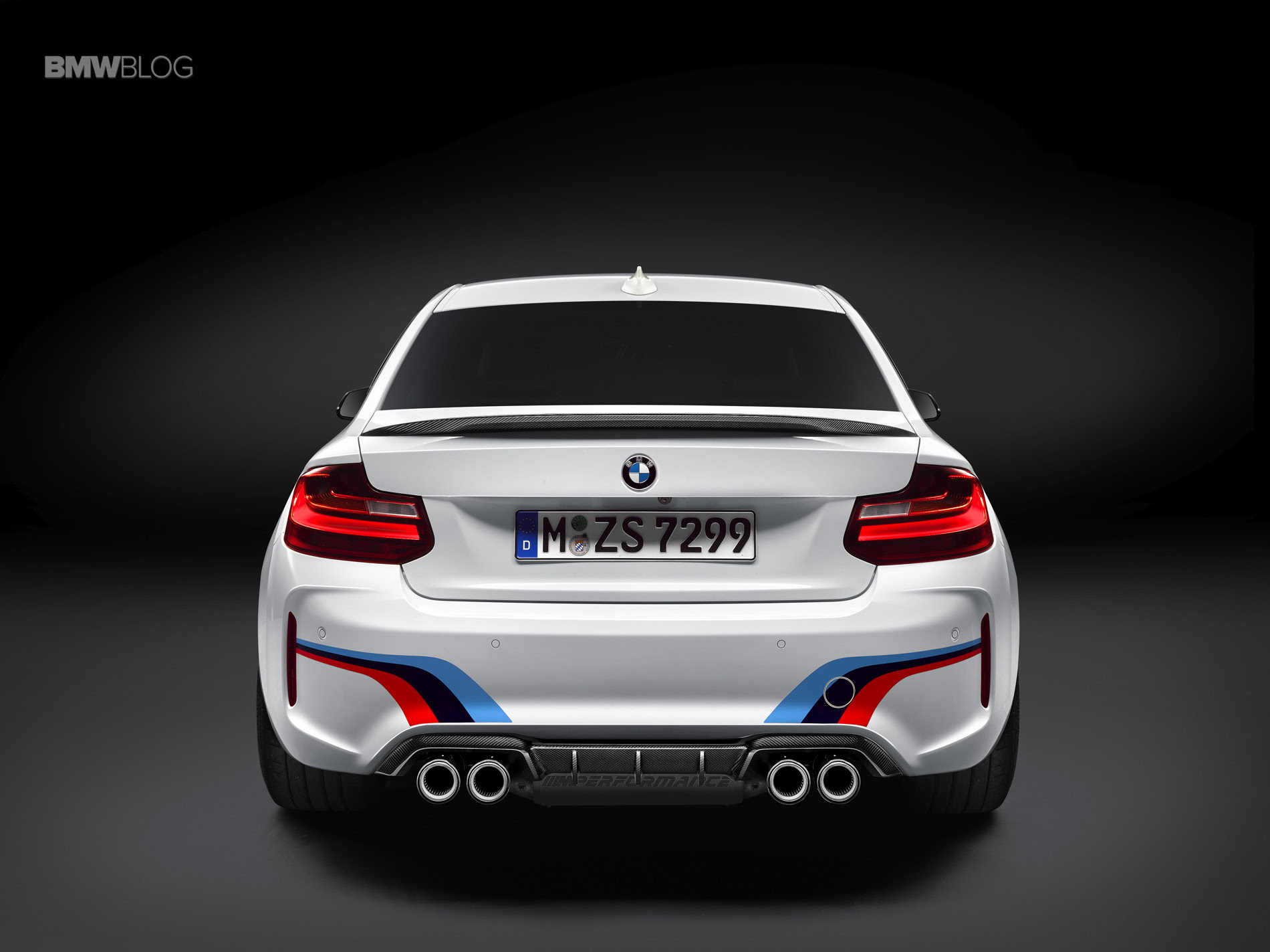 Listen to the sound of the BMW M2 M Performance Exhaust System