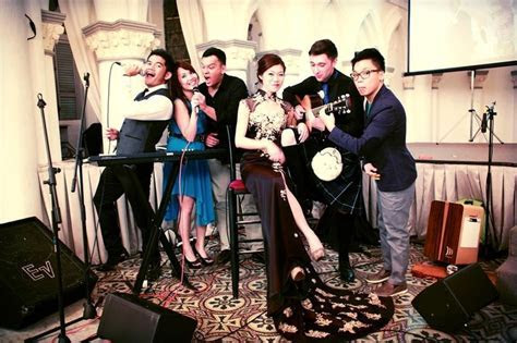 Live music bands in Singapore: Singers and musicians to