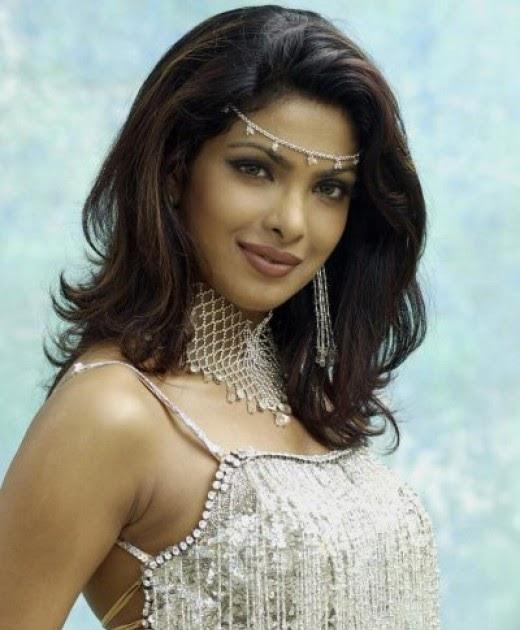 Wall Photos: Sexy Bolywood Actress : Priyanka Chopra