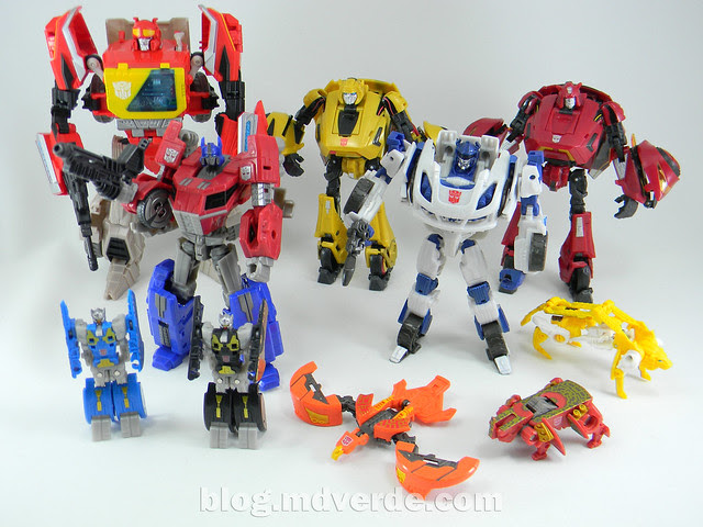 Transformers Blaster & Data Discs Fall of Cybertron - modo robot vs otros Fall of Cybertron