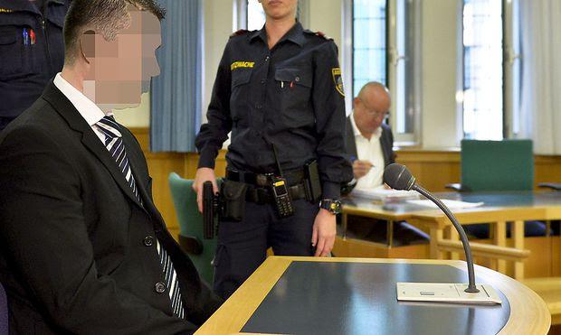 Der Angeklagte am Mittwoch vor Gericht