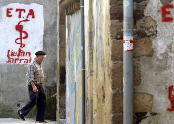 "Basque terror group ETA says it is now a ""disarmed"" organization"
