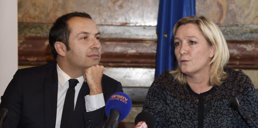 Sébastien Chenu et Marine Le Pen le 12 décembre 2014. (DOMINIQUE FAGET / AFP)