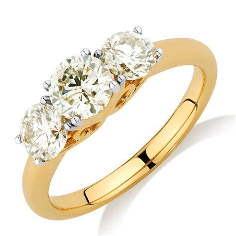 Engagement Ring with 1.63 Carat TW of Diamonds in 14ct
