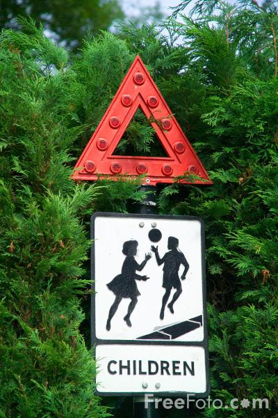 Picture of Children Ahead Road Sign - Free Pictures - FreeFoto.com