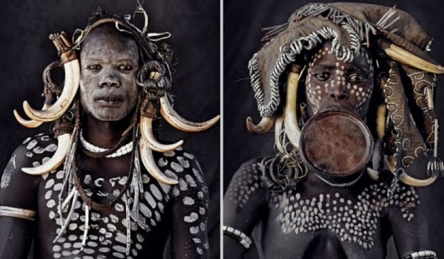 photographs-of-vanishing-tribes-before-they-pass-away-jimmy-nelson-31__880-630x398