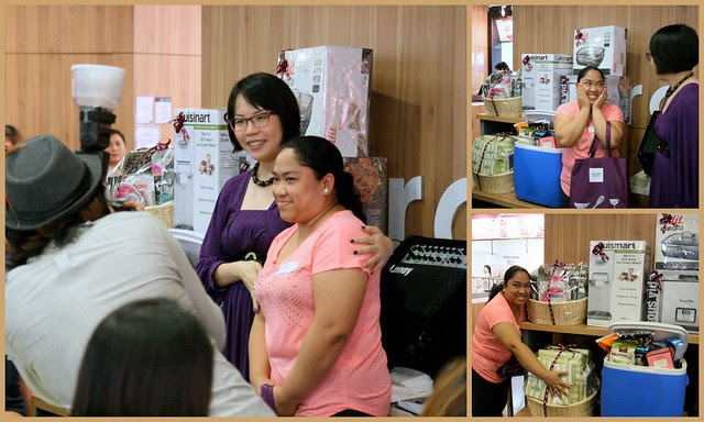 The winner of the ToTT Taste Challenge (in peach) and the ToTT Director Grace Tan (in purple)