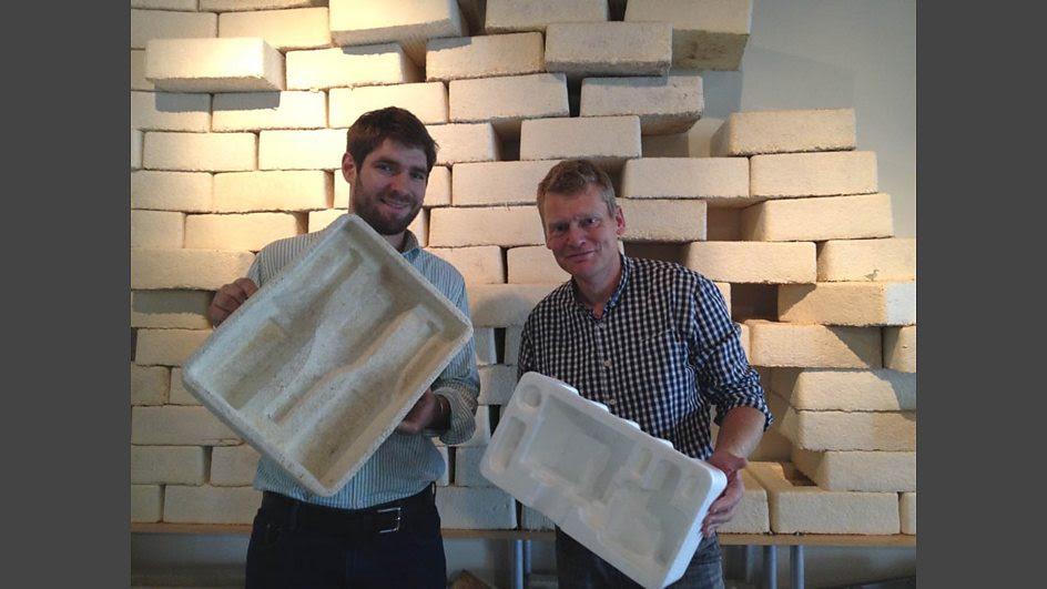 Eben Bayer and Tom Heap