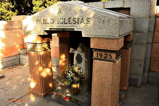 pablo-iglesias-posse-tumba