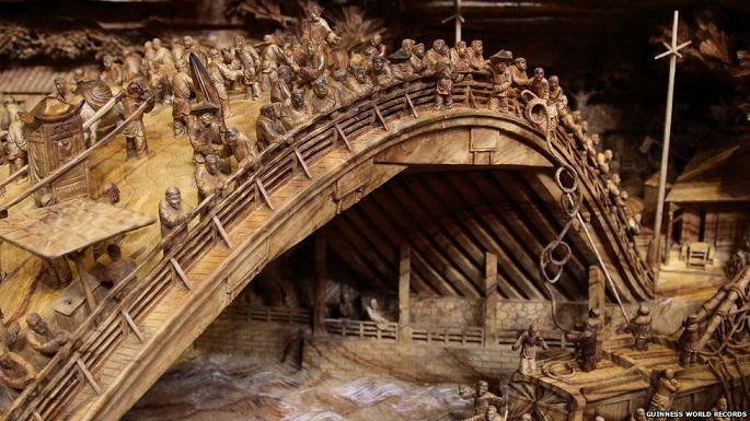 longest_wooden_carving_masterpiece_6