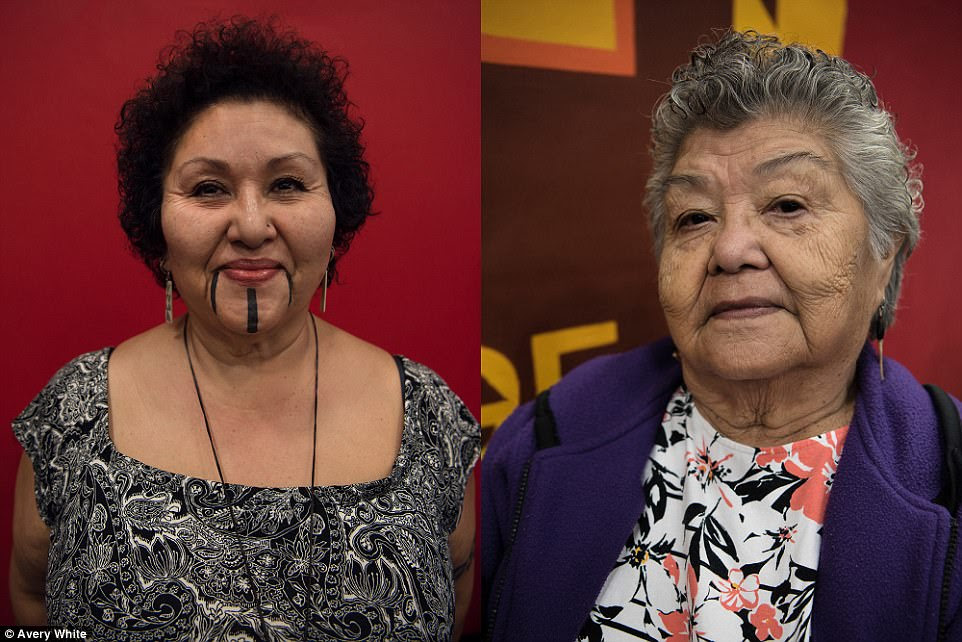 Tribe members Wanda Batchelor (left) and her mother Rose Batchelor (right)