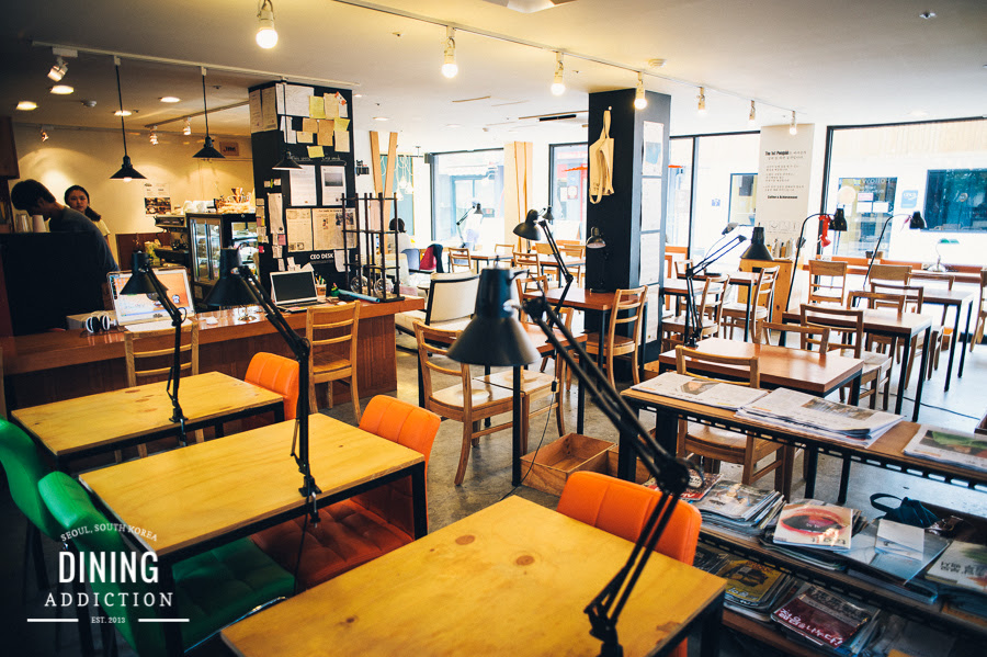 The first penguin Cafe in seoul에 대한 이미지 검색결과