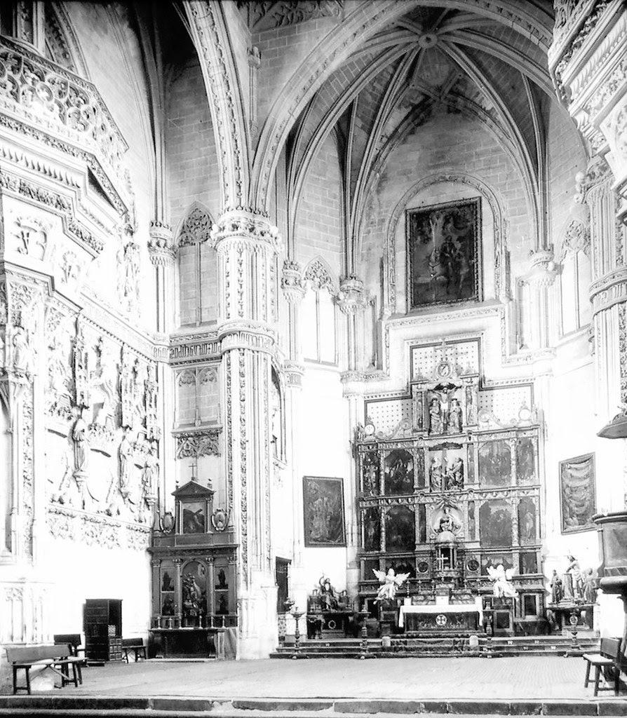 Interior del Monasterio de San Juan de los Reyes a finales del siglo XIX. Fotografía de Alexander Lamont Henderson