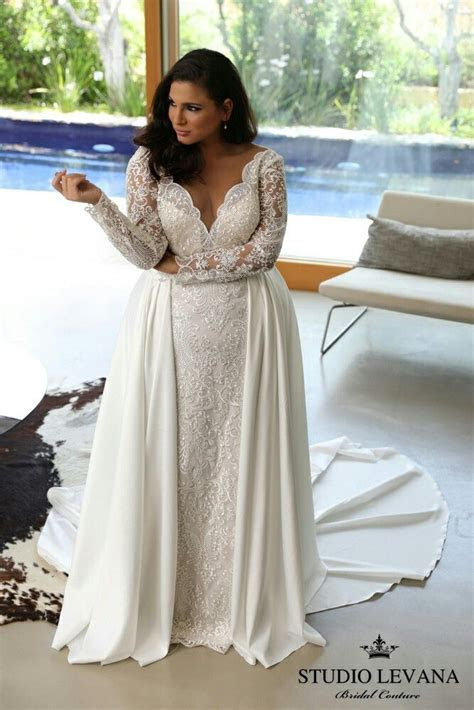Royal plus size lace mermaid wedding gown with V neck