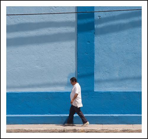 Havanna: blauwe muur by hans van egdom