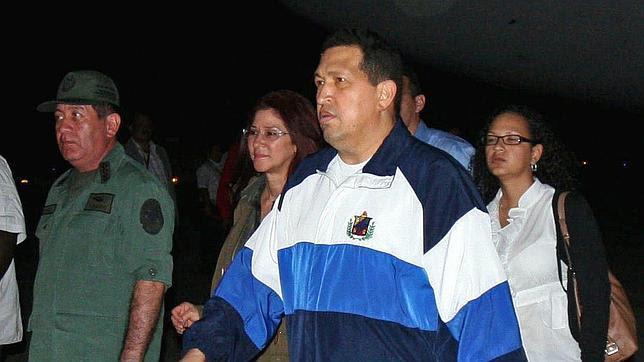 A Chávez le queda un año de vida a menos que acepte un tratamiento intensivo