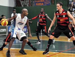 Flamengo mantém invencibilidade na NBB