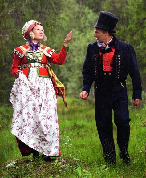 Lovely Traditional Norwegian Wedding Dress   AxiMedia.com