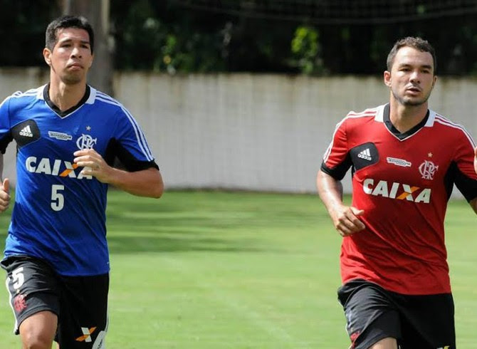 Caceres treino Flamengo (Foto: Alexandre Vidal/Fla Imagem)
