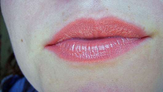 Shiseido Veiled Rouge, Farbe: OR303 Orangerie