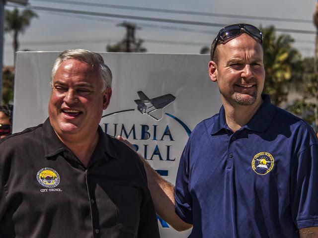 City councilmen at Endeavor flyover