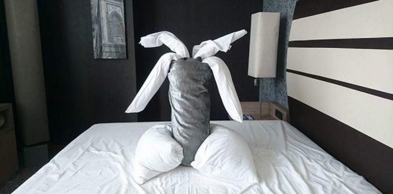 Необычное общение креативного постояльца гостиницы с горничной Отель, горничная, креатив, юмор
