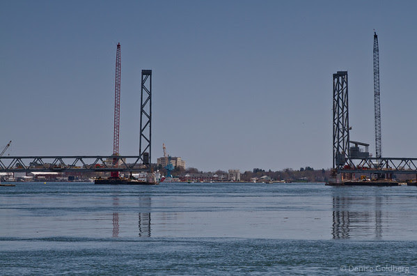 Memorial Bridge between Portsmouth & Kittery, waiting for lift section