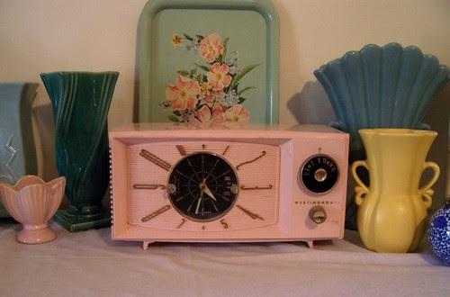 Vintage Pink Tube Radio