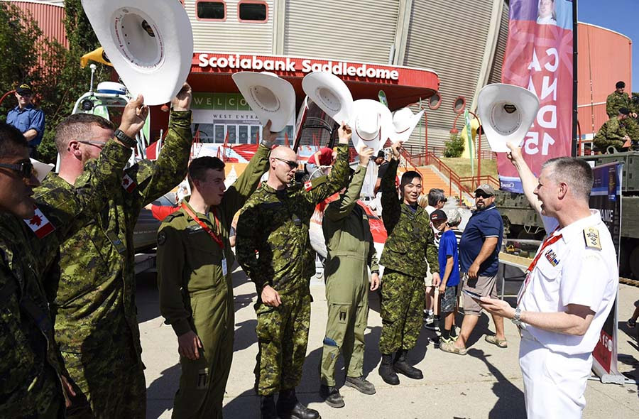 http://www.army-armee.forces.gc.ca/assets/ARMY_Internet/images/news-nouvelles/2017/08/17-07-14-3div-photo-3-aws-static-1.jpg