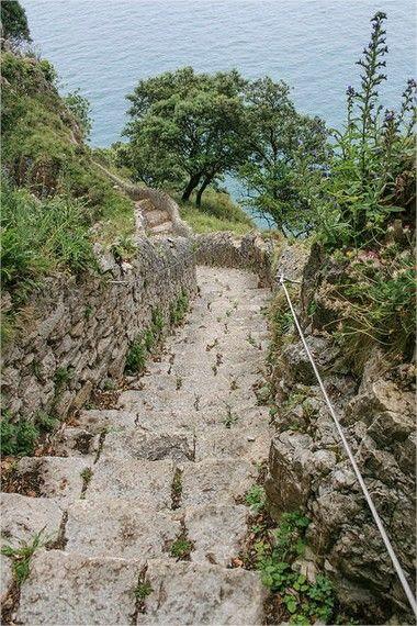 Escalones Faro de Santoña (2)