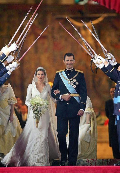 25  best Royal Weddings ideas on Pinterest   Royal wedding