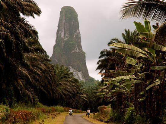 Pernahkah anda membaca salah satu epik Stephen King berjudul  Gunung Terlangsing di Dunia