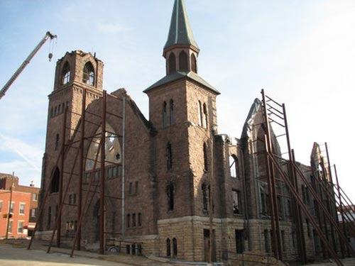 Church with facade bracing