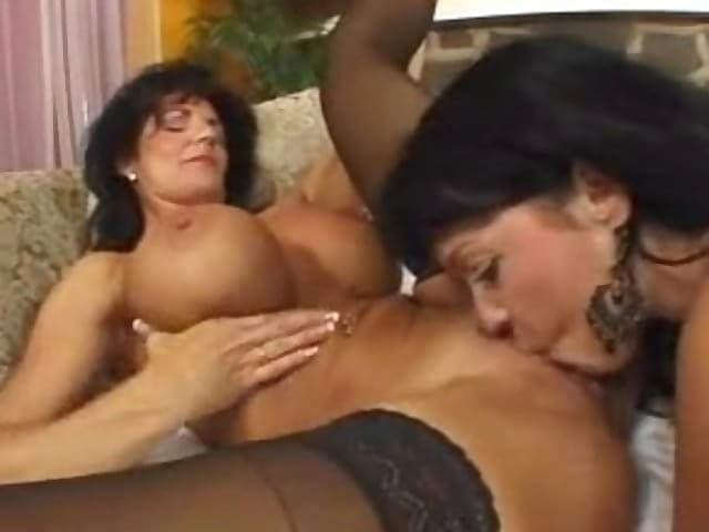 Lesbian Strapon Granny Teen