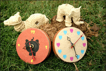 Elephant Poo Paper Clocks from Haathi Chaap