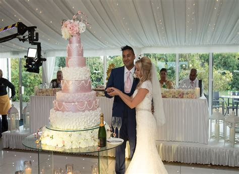 Wedding Cakes Designer London