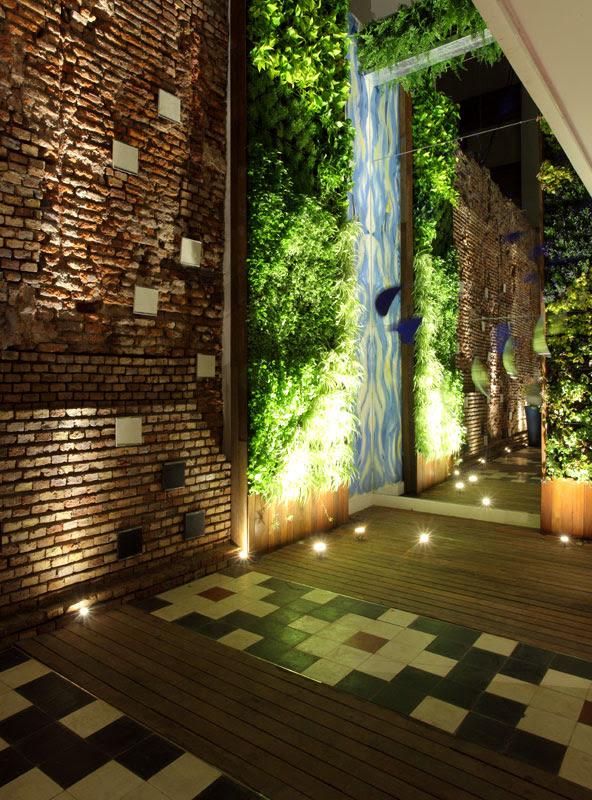 Casa foa 2010 espacio n 33 patio del bicentenario for Arquitectura y decoracion