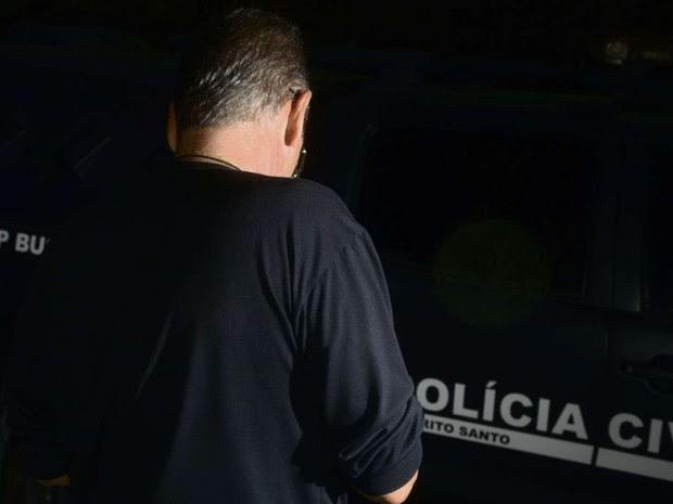 Policial Civil recebeu tentativa de suborno de um advogado, em Cariacica, no Espírito Santo (Foto: Ricardo Vervloet/ A Gazeta)