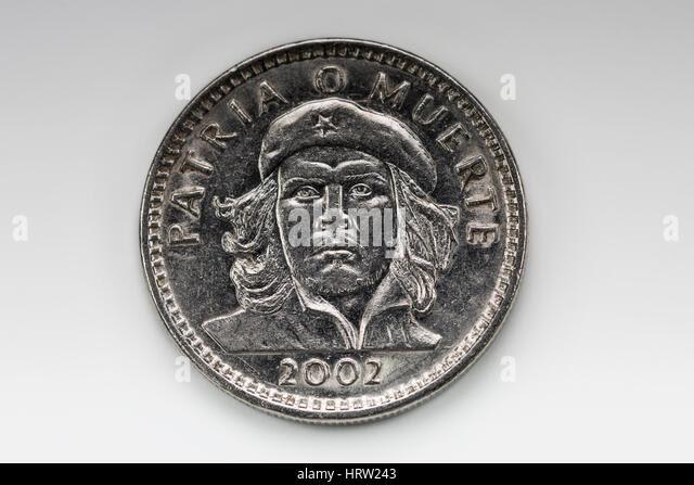 http://l7.alamy.com/zooms/f3e2d4548af441af9d38e6b4c0090176/che-guevaras-head-on-a-cuban-three-pesos-coin-patria-o-muerte-2002-hrw243.jpg